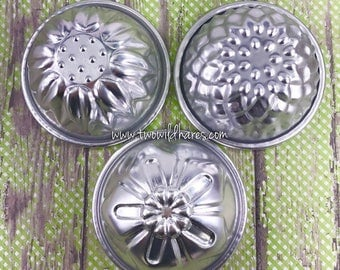 FLOWER MOLD SET, 3 Metal Bath Bomb Molds, Chysanthemum, Sunflower & Oleander