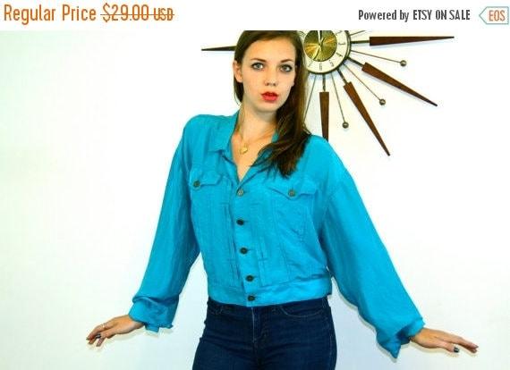 SALE 50% OFF Vintage 80s Crop Top SILK Blouse Bright Aqua Blue Long Sleeve Big Pleat Pockets Brass Button Down Boxy Pleated Short Waist 1980