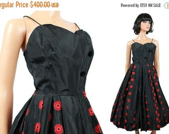 ON SALE 50s Prom Dress Vintage Black XS Taffeta Red Embroidered Sleeveless Cocktail Gown Size Extra Small Free Us Shipping