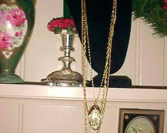 Vintage 70s Victorian Style Triple Chain Locket Holds Photos LOVELY  Keep Love ones Near Great Mother's Day Gift