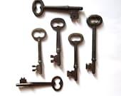 6 Vintage skeleton keys Old skeleton keys Vintage keys Key collection Bridal key Skelton key Old key Group Gifts for her Antique keys bit #6