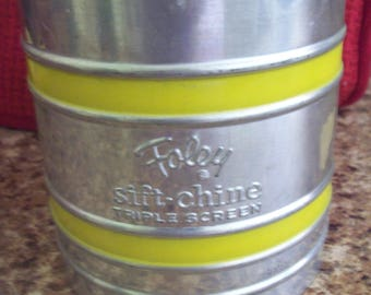 Foley Sift chine Triple Screen Flour Sifter Kitchen Utensil