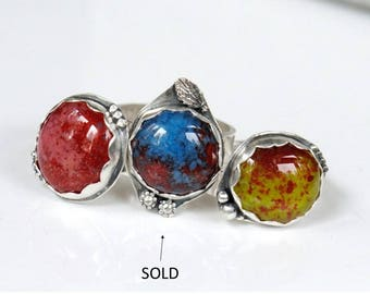 Colorful sterling silver ring, silver glass ring, pink and red ring, chartreuse and red ring, size 7.0 ring, size 7.5 ring