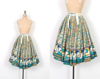 Vintage 1950s Skirt / 50s Printed Cotton Mexican Circle Skirt / Blue and Green ( XS extra small )