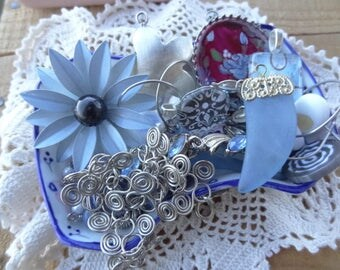 Vintage Jewelry Lot - Shabby Chic - Garden Flower Findings - Lot - Charms - Enamel Brooch Blue - Chain - Cameo Painted - DD2