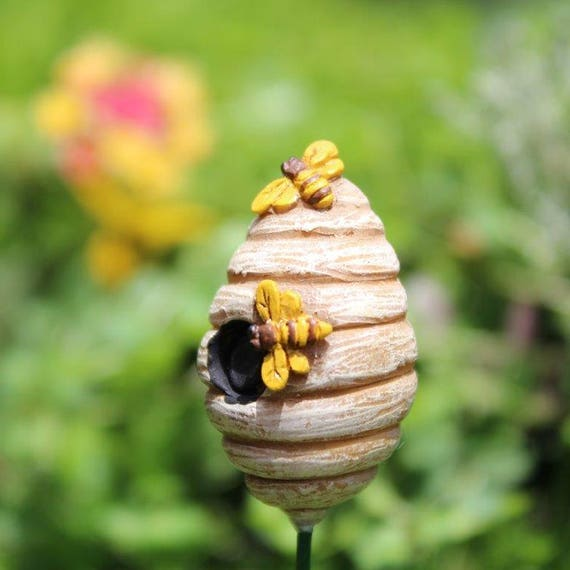 Honey Beehive 1.25″ Tall | 6″ Metal Pick for the Fairy Garden