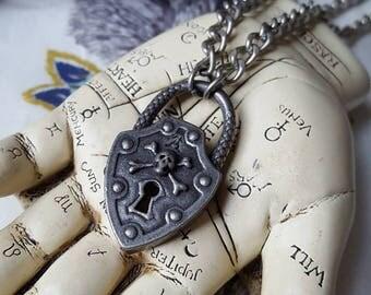 Alchemy Gothic Deathlock Pewter Necklace