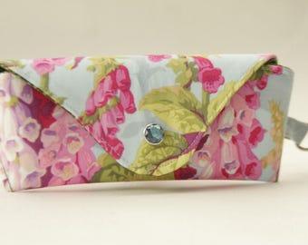NEW Glasses case/ Eyeglasses case/ sunglasses case/ reading glasses case/Pink foxgloves/Philip Jacobs