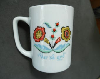 Vintage Bergquist Imports / Berggren Swedish Flower Mug - Var Så God - Help Yourself!