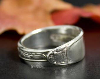 Spoon ring, spoon jewelry, cutlery ring, handmade spoon ring, Boho wedding ring, promise ring, Hippie ring, rings, gifts for her, Christmas