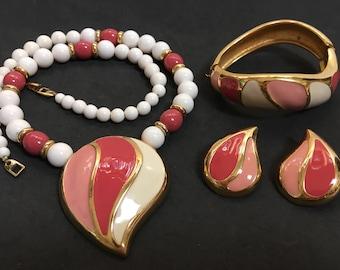 MOD Swirl Rose Pink Salmon Enamel Napier Parure – 1970s Designer Jewelry