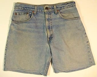 """Worn 29"""" High Waist Levis 550 Regular Relax Fit Hemmed Shorts Unisex Jeans 1990s Stone Washed Distressed Faded Blue Denim Retro Riveted Jean"""