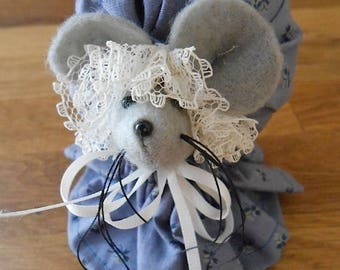 ON SALE Vintage Handmade Gray Felt Mouse in Colonial Floral Patterned Dress and Bonnet