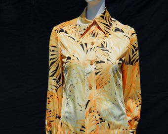 Vintage 70's DA-RUE blouse shirt top nylon tiger tropical forest novelty print tailored sM