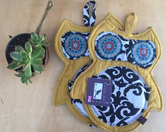 Owl trivets/potholders (set of 2)