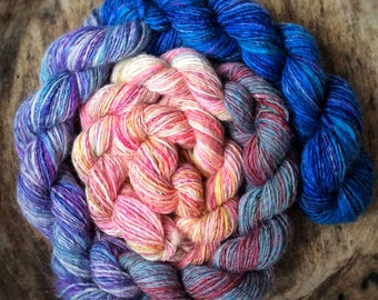 Mini skeins chain of handspun shawl yarns - mixed wool - 110gr 500m