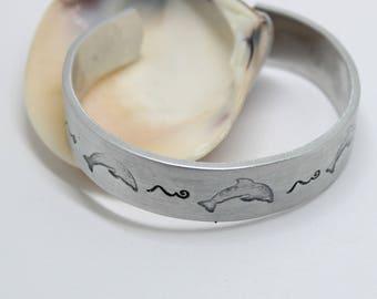 Dolphin Bracelet, Wide Bracelet, Dolphins Bracelet, Dolphin Jewelry, Beach Bracelet, Mermaid Bracelet, Summer Jewelry, Summer Cuff Bracelet
