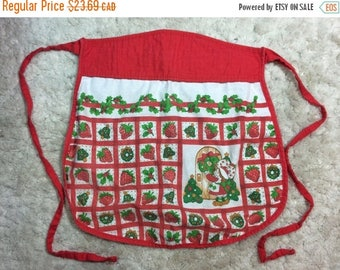 SUMMER SALE 1980s Strawberry Shortcake Apron Christmas Holidays Xmas Baking Cooking