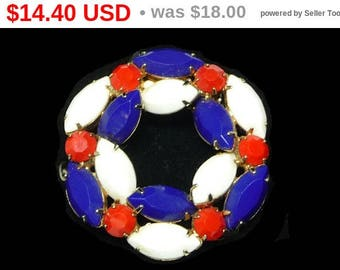 Red White & Blue Patriotic Vintage Brooch - Marquise and Red Chaton - Nice Vintage Round Brooch
