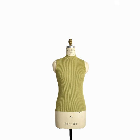 Vintage 90s Sleeveless Ribbed Silk Tank Top in Sweetpea Green / Mock Neck Top / 90s Minimalist - women's small