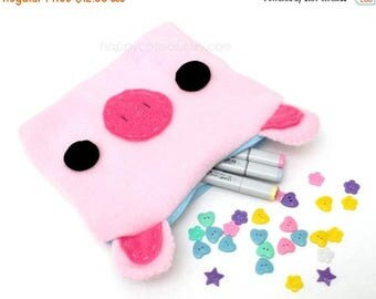 ON SALE - Pig Zipper Pouch - Pencil Pouch, Pencil Case, School Supplies, Make Up Bag, 3DS Case, Phone Case, Coin Purse