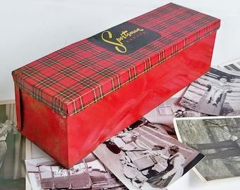 Mid Century Sportsman Plaid Metal Litho Tin - Sandwich Box - Picnic Box