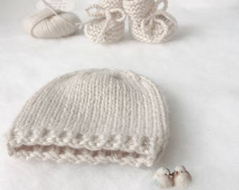 Cashmere 100% baby hat and shoes Precious set Knit Beanie Newborn hat and shoes cashmere made in Italy photo prop by nerina52 Baptism gift