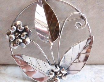 Sterling Silver Brooch Pin Flower Leaf Large Round Vintage Estate 130523