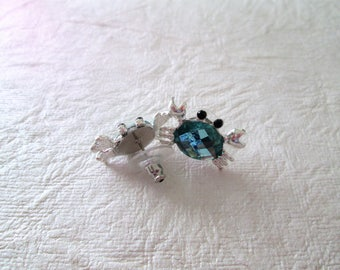 Crab earrings, teal glass, silver tone, pierced