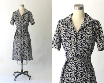 1960s Marchesa di Gresy Knit Day Dress // 60s Vintage I. Magnin Belted Navy Blue Floral Wool Dress // Large