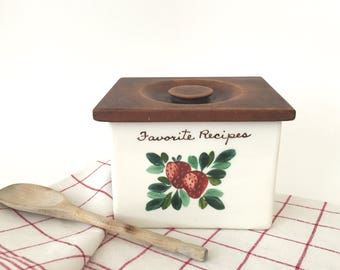 Vintage Ceramic Recipe Box Wood Lid Hand Painted Strawberry on White Farmhouse Kitchen Decor
