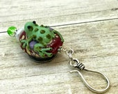 Magnetic Frog Knitting Pin for Portuguese Knitting- ID Badge Holder- Gift for Knitters, Coworker Gift