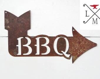 BBQ Arrow sign