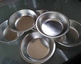 Miniature Pie Pans, Aluminum, Vintage Kitchen, Individual Servings, Tiny Small Desserts, Mud Pies, Children's Kitchen Fun