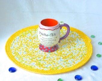 "Yellow Place Mat, Handmade Yellow Floral Trivet, 14"" Summer Quilted Trivet, Lemon Yellow Hot pad, Hostess Gift,  Coiled Potholder"