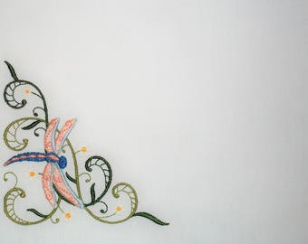 Dragonfly scroll embroidered quilt label to customize with your personal message