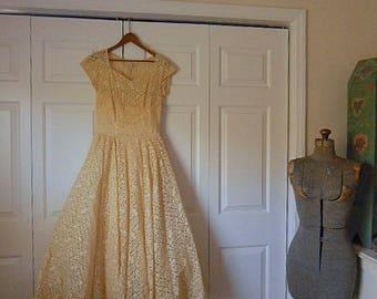 Vintage 50's Ivory Lace Party Dress