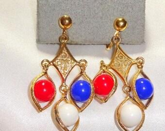 25% Off Beautiful Vintage Patriotic Dangle earrings