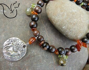 Collier perles bois exotique et ambre pierre labradorite pendentif argent cerf