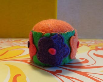 Handmade Flower Felt Pin Cushion by Pepperland