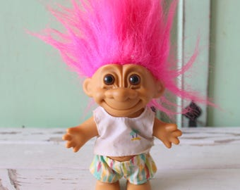 Vintage TROLL Doll...doll. collectible. troll. 1980s. 1990s. kitsch. retro. vintage toys. crazy. hippie troll. happy birthday. princess.