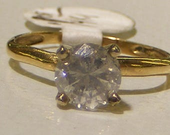 Diamond   Solitaire ring 1.0carat Solitaire  14kt Gold ring