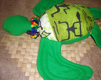 Honu Hawaiian green sea turtle pillow