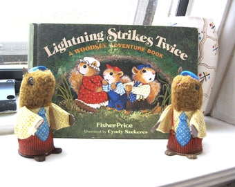 "Vintage 1979 Fisher Price Book ""Lightning Strikes Twice"" & Papa Woodsey Squirrel Finger Puppets"