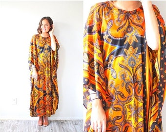 30% OFF SALE Vintage orange boho moo moo dress // floral summer dress // maxi black orange dress // 70's dress // long maxi dress // modest