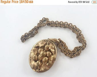 MASSIVE CLEARANCE Beautiful Vintage Shabby Chic Ornate Brass Art Nouveau Repousse Locket