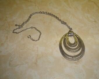 vintage necklace brushed shiny silvertone chain pendant lisner