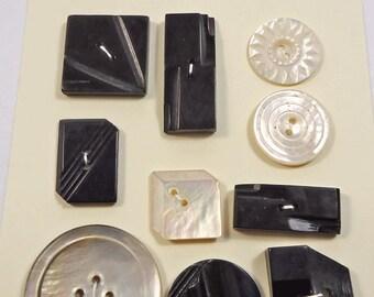 Vintage buttons - Art Deco black and white geometrics etc  (Ref D216)