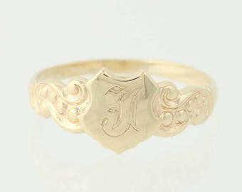 Vintage Engraved Signet Ring - 10k Yellow Gold Band Old English I N9968