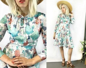 Vintage 1970s Floral Boho Pastel Swing Skirt Dress size Small